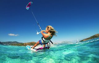 Kitesurfing akyaka